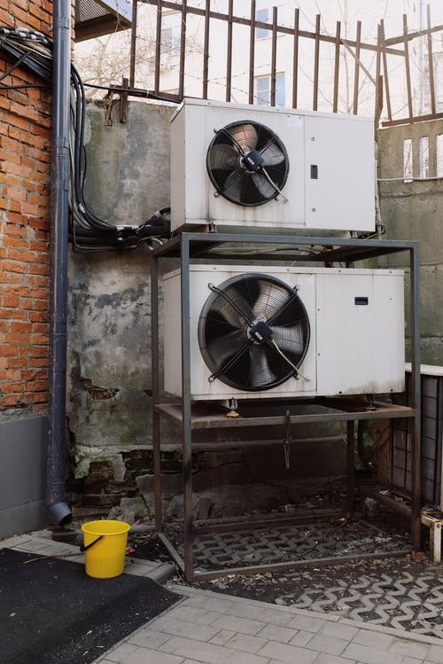 5 Business Advantages of Renting an Air Conditioner